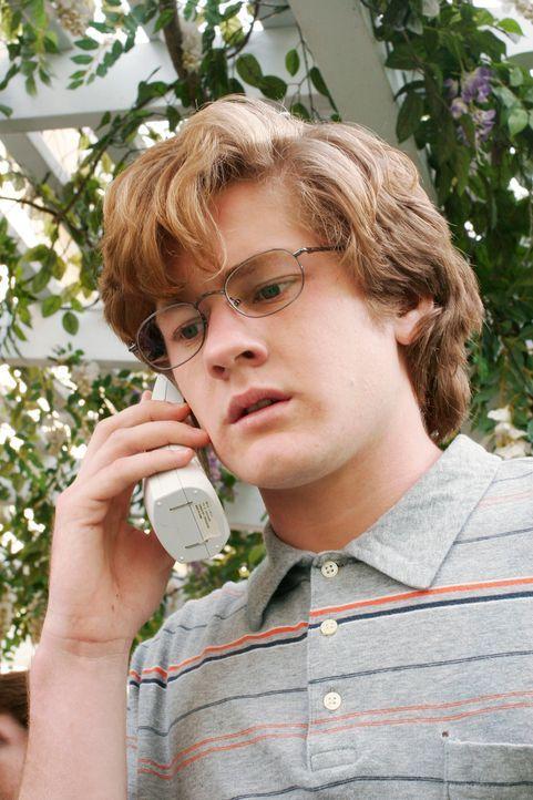 Zach (Cody Kasch) beschließt seinen Großvater Noah zu treffen und verlangt von ihm, dass er Paul nichts mehr antut ... - Bildquelle: 2005 Touchstone Television  All Rights Reserved