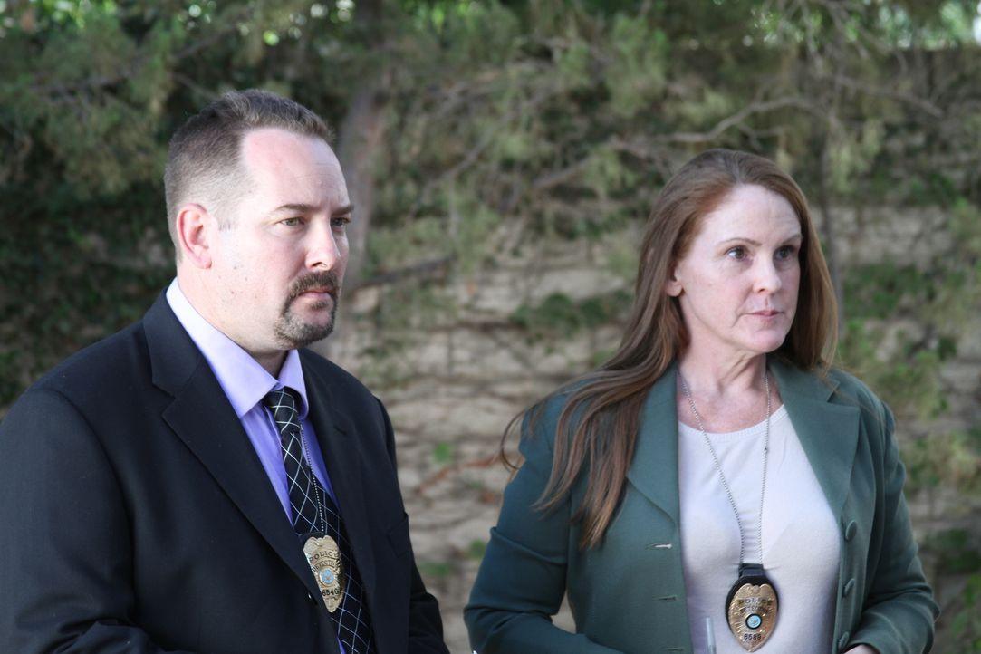 Warum musste das Ehepaar sterben? 25 Jahre nachdem Gail und Rick Brink in Michigan erschossen wurden, öffnen die Ermittler (Foto) erneut den Fall. K... - Bildquelle: LMNO Cable Group