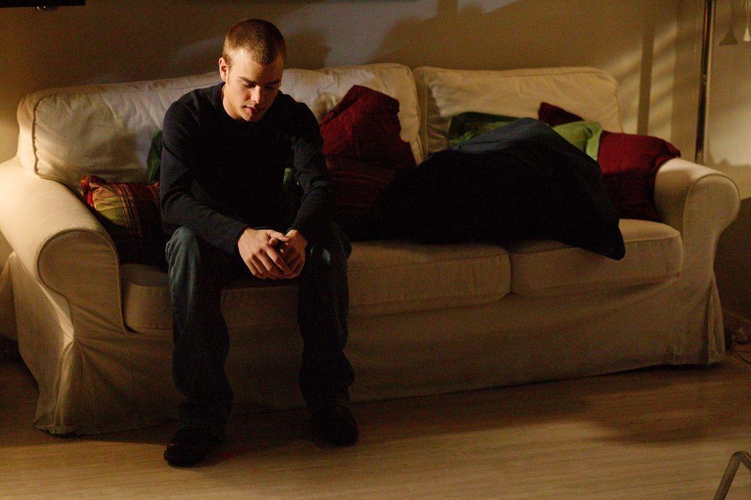 Nach einem One-Night-Stand befürchtet Simon (David Gallagher), sich eine Geschlechtskrankheit eingefangen zu haben. Ein ärztlicher Befund soll Klarh... - Bildquelle: The WB Television Network