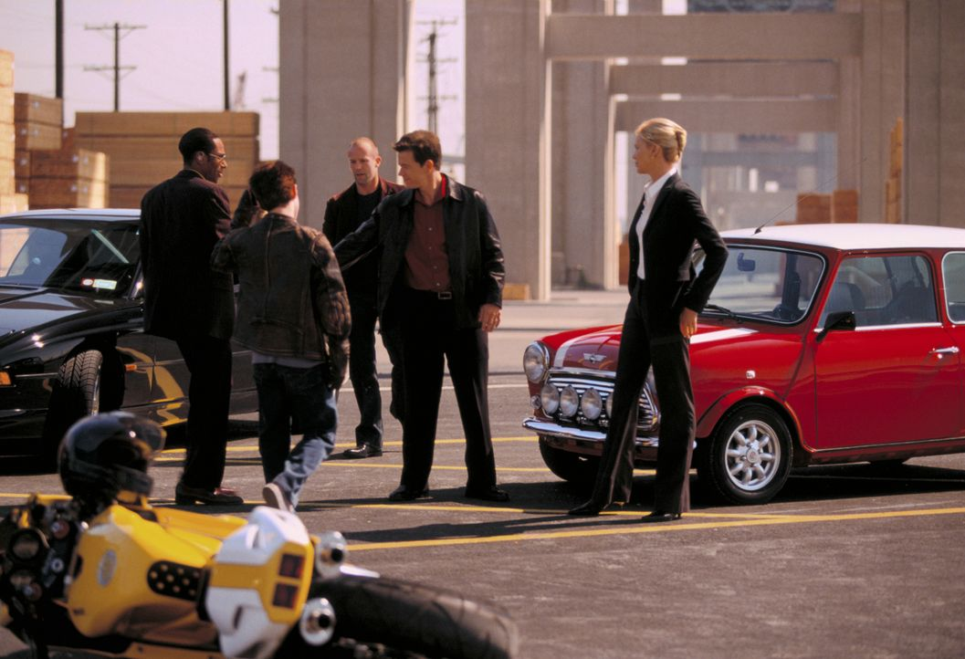 Ein Jahr später gelingt es den bestohlenen Dieben, (v.l.n.r.) Left-Ear (Mos Def), Lyle (Seth Green), Handsome Rob (Jason Statham), Charlie Croker (M... - Bildquelle: TMG