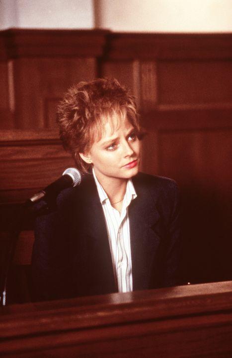 Vor Gericht überzeugt Sarah (Jodie Foster) mit ihrer ehrlichen Darstellung der grauenhaften Vergewaltigung die Geschworenen ... - Bildquelle: Paramount Pictures