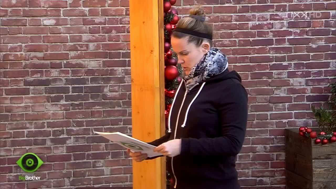Bianca liest Big Brother Aufgabe vor - Bildquelle: sixx