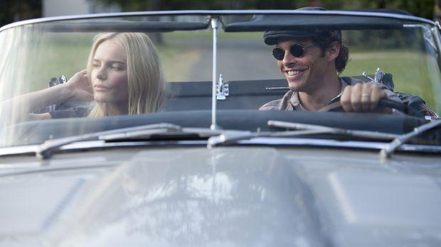 Die frisch verheirateten David (James Marsden, r.) und Amy Sumner (Kate Boswo...