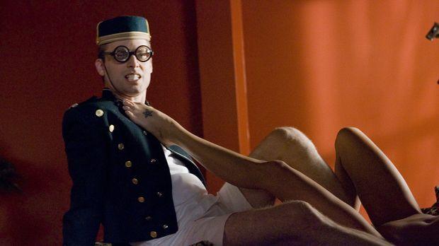 Für Andy (Justin Kirk) geht ein Traum in Erfüllung: Er wird bei einer Pornofi...