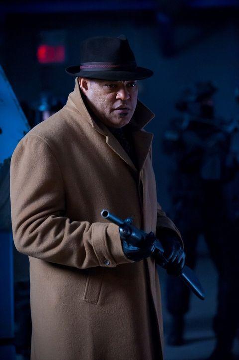 In dem abgelegenen Gebäude, das Jack Crawford (Laurence Fishburne) und seine Leute stürmen, hatten die Detectives jemand anders erwartet ... - Bildquelle: Brooke Palmer 2013 NBCUniversal Media, LLC