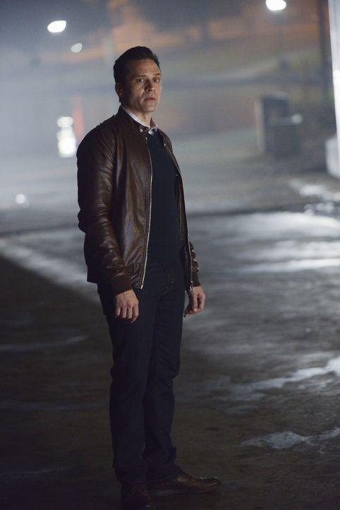 Weil er sich selbst so viele Schuldgefühle macht, ist Kevin (Seamus Dever) besessen davon, den Mörder zu finden ... - Bildquelle: David Moir ABC Studios