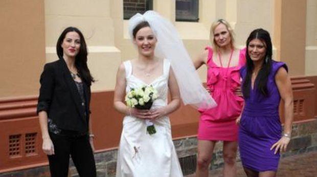 Vier Frauen planen vier Hochzeitsfeiern, die unterschiedlicher nicht sein kön...
