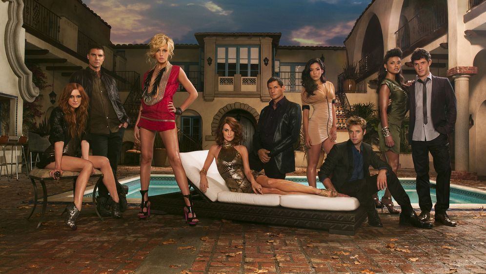 Die neue Generation in Melrose Place - Bildquelle: 2009 The CW Network, LLC. All rights reserved.
