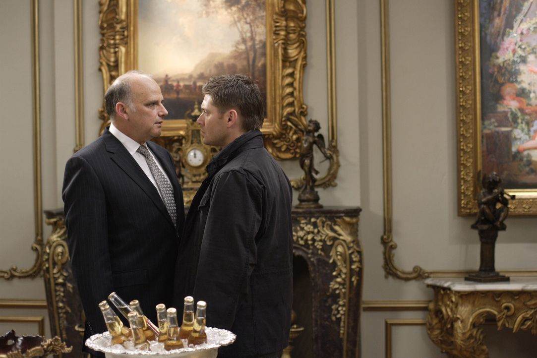 Die Apokalypse kommt und Sam und Dean bereiten sich auf unterschiedliche Arten auf den Kampf vor. Sam hilft Ruby bei einem letzten Versuch Lilith zu... - Bildquelle: Warner Bros. Television