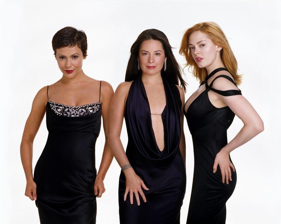 (6. Staffel) - Die drei Hexen sind unschlagbar: Phoebe (Alyssa Milano, l.), Piper (Holly Marie Combs, M.) und Paige (Rose McGowan, r.) ... - Bildquelle: Paramount Pictures