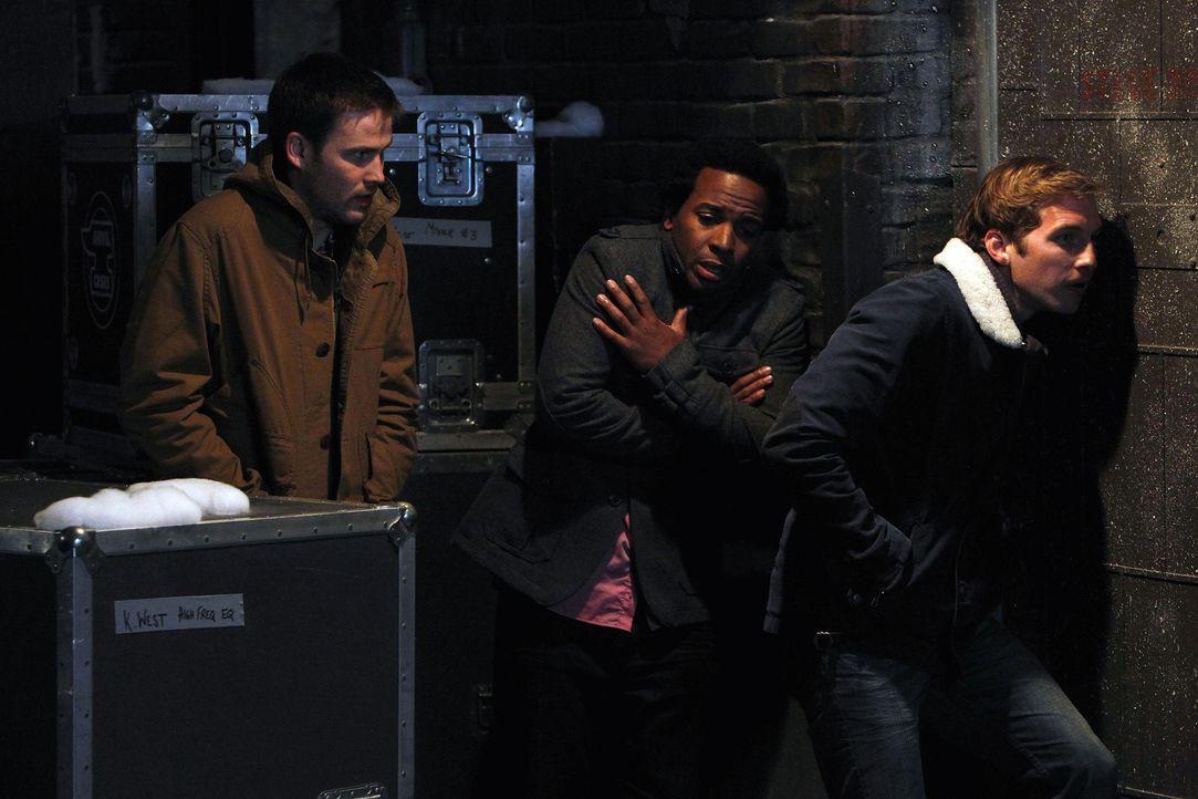 Was haben Aaron (Zach Cregger, l.), Julian (Andre Holland, M.) und Ben (Ryan Hansen, r.) nur vor? - Bildquelle: NBC Universal, Inc.