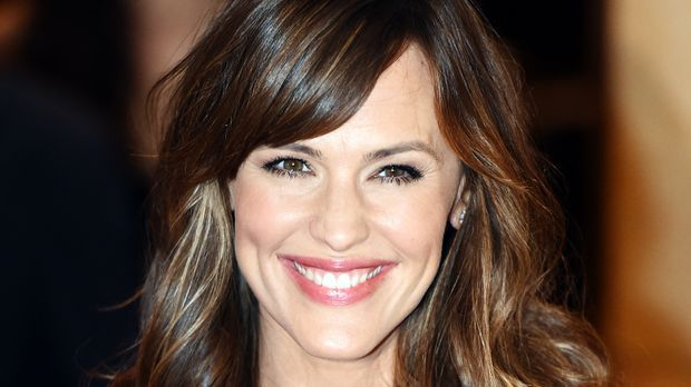 Jennifer-Garner-141021-1-AFP