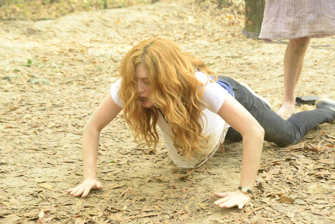 Julia (Rachelle LeFevre) versucht immer noch, Antworten zu bekommen, doch das scheint immer unwahrscheinlicher zu werden ... - Bildquelle: Brownie Harris 2015 CBS Studios Inc.