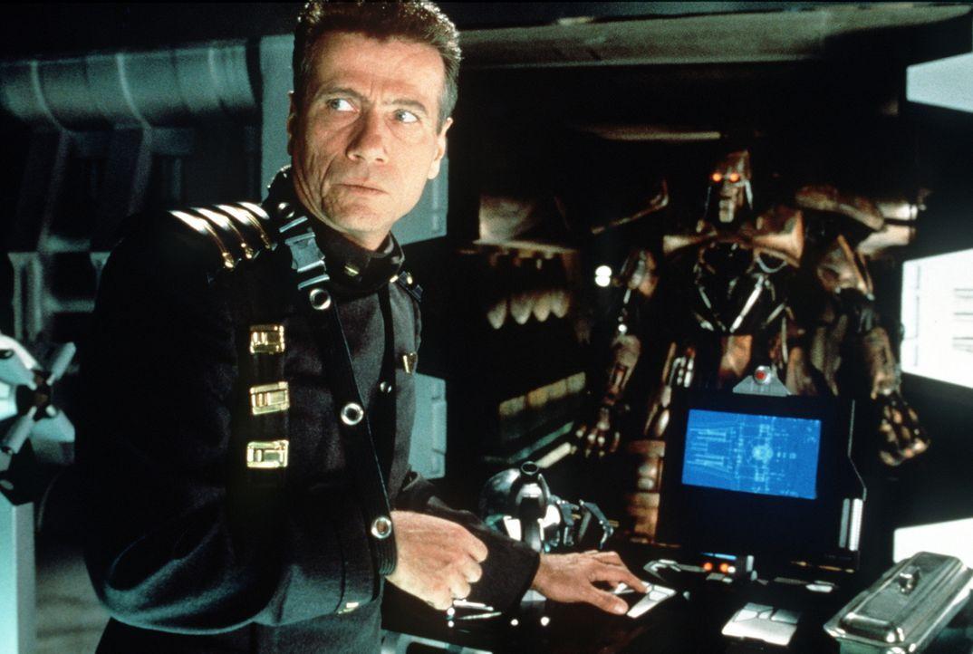 Judge Griffin (Jürgen Prochnow) kennt keinerlei Skrupel ... - Bildquelle: Buena Vista Pictures