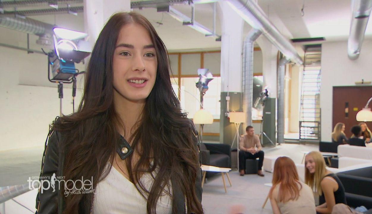 GNTM-S12-Sendung01-Casting-Muenchen29 - Bildquelle: ProSieben