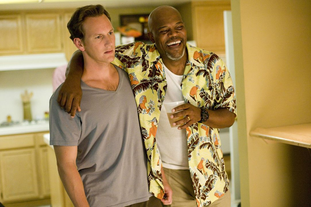 Als sich Chris (Patrick Wilson, l.) wegen Ruhestörung bei seinem Nachbarn Abel (Samuel L. Jackson, r.) beschweren will, platzt er gerade in einen Ju... - Bildquelle: 2007 Screen Gems, Inc. All Rights Reserved.