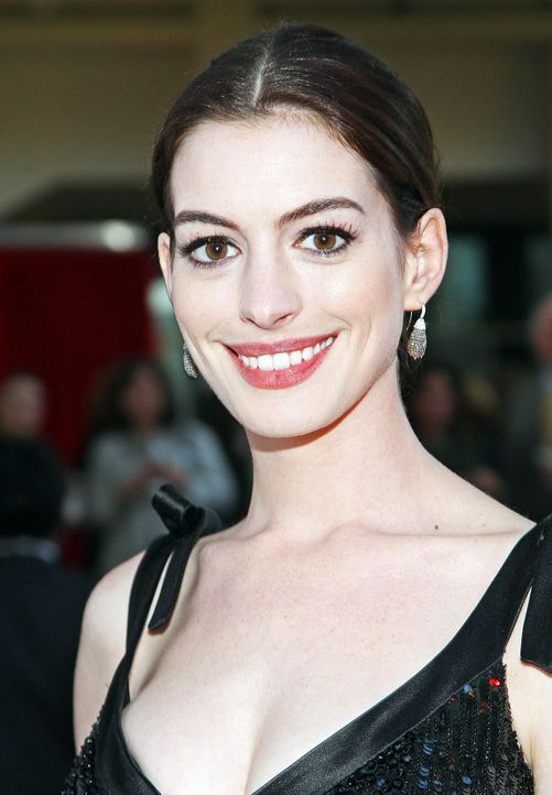 anne-hathaway-09-04-01-getty-afpjpg 1300 x 1875 - Bildquelle: getty-AFP