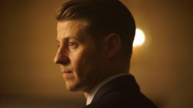 Kehrt zum GCPD zurück: Gordon (Ben McKenzie). Währenddessen plant Carmine Fal...
