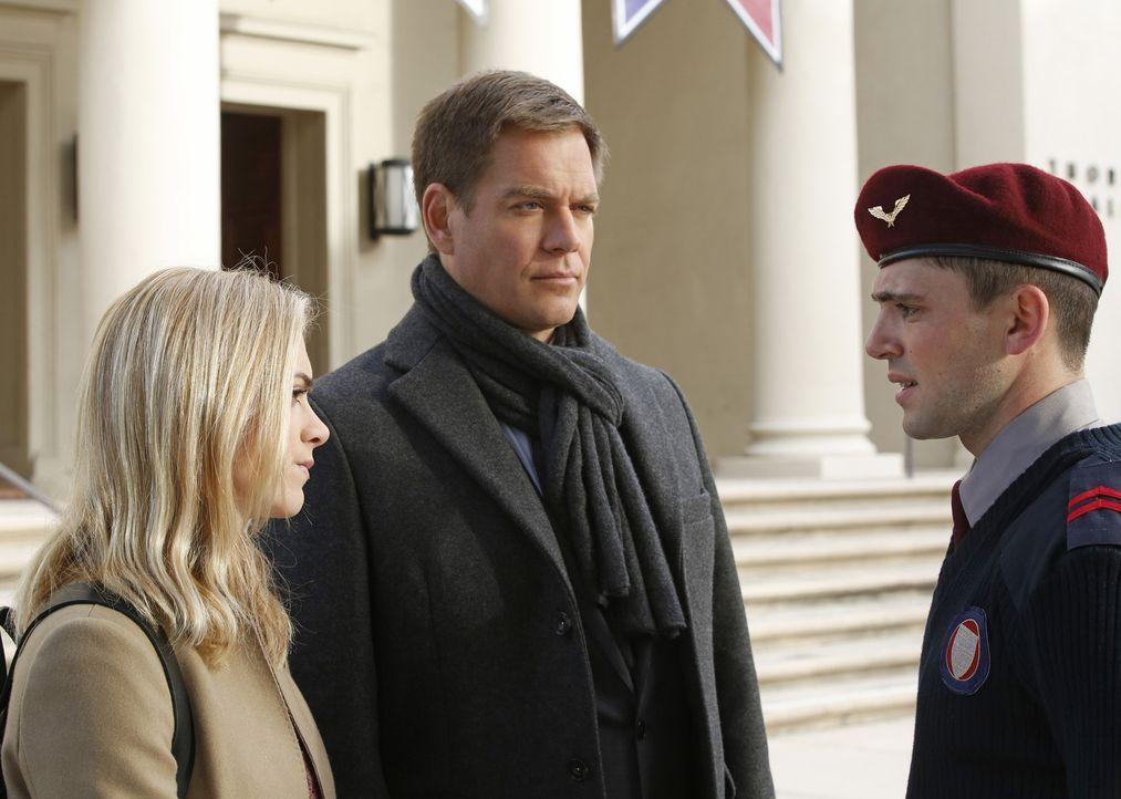 Als ein junger Marine ermordet aufgefunden wird, kehrt DiNozzo (Michael Weatherly, M.) gemeinsam mit Bishop (Emily Wickersham, l.) zu der Militäraka... - Bildquelle: CBS Television