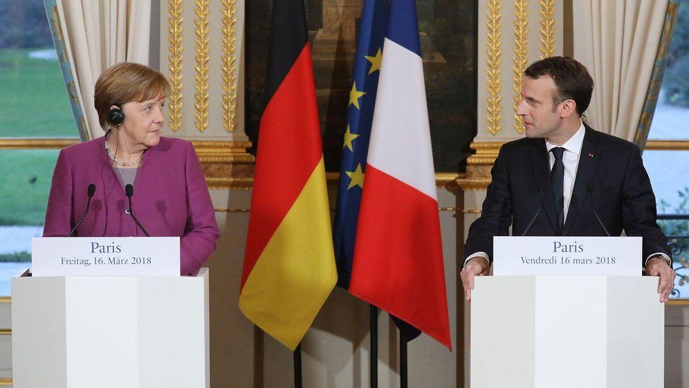 Paris und Berlin starten Friedensinitiative  - Bildquelle: Ludovic Marin/AFP POOL/dpa