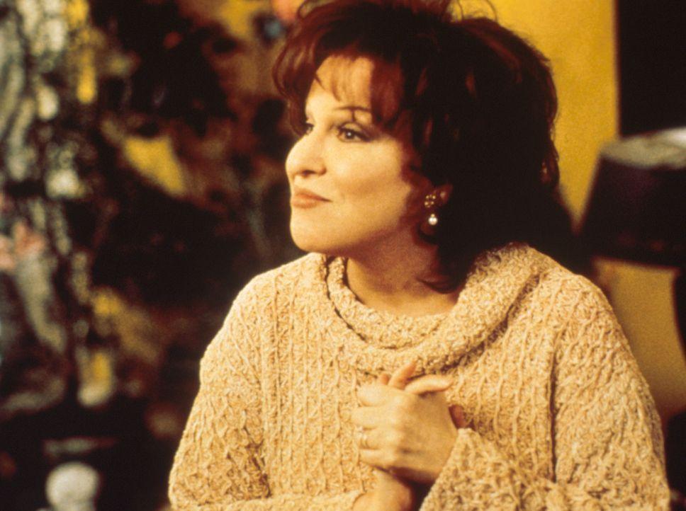 Die Zeiten als treusorgende Gattin sind vorbei, Brenda (Bette Midler) ist jetzt Mitglied im Club der Teufelinnen. - Bildquelle: Paramount Pictures