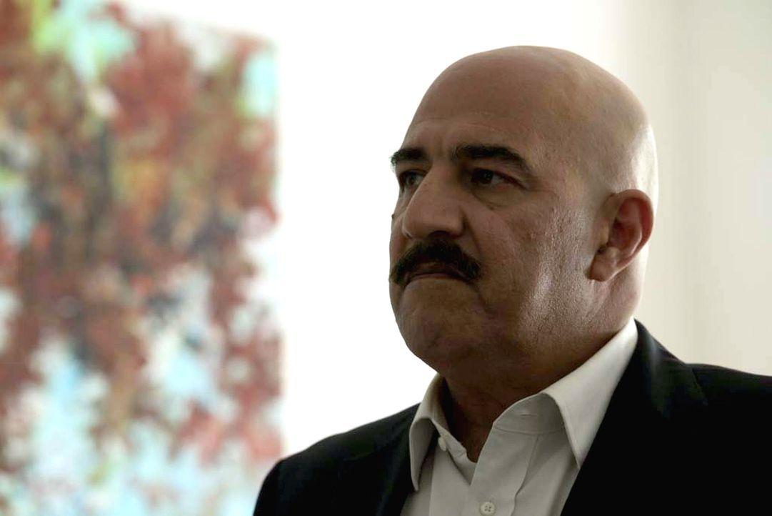 Wird sich der syrische General Youssef (Igal Naor) von Saul und Allison überzeugen lassen, einen Putsch gegen Baschar al-Assad in die Wege zu leiten? - Bildquelle: Stephan Rabold 2015 Showtime Networks, Inc., a CBS Company. All rights reserved.