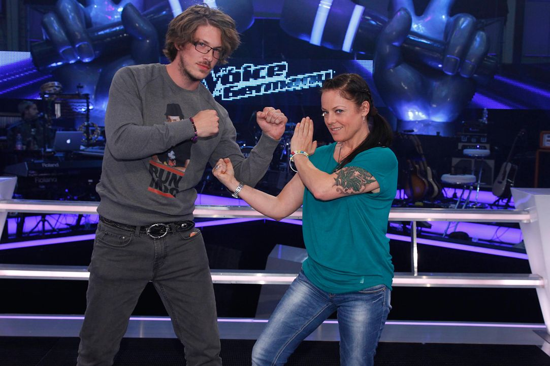 battle-jesper-vs-sam-the-voice-of-germany-staffel-2-01-richard-huebnerjpg 2000 x 1333 - Bildquelle: SAT.1/ProSieben/Richard Hübner