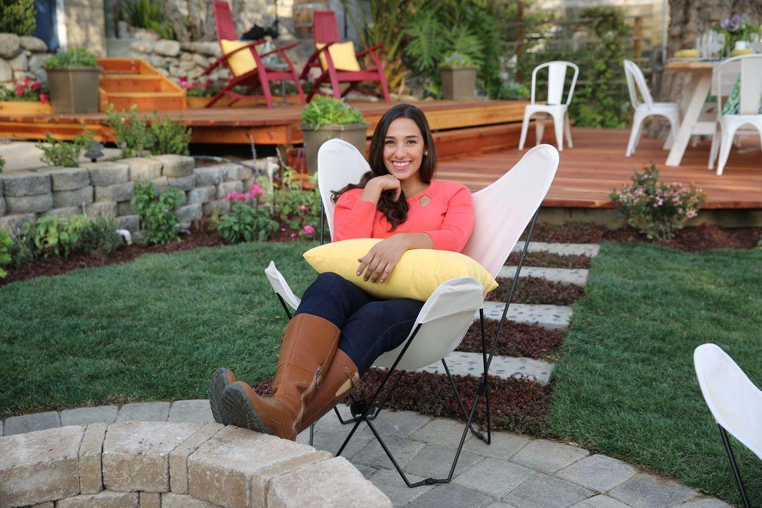 Setzt alles daran, aus dem tristen Garten von Wyatt und Shelly einen Traumgarten zu machen, der zu ihrem frisch renovierten Haus passt: Sara Bendric... - Bildquelle: 2014, DIY Network/Scripps Networks, LLC. All RIghts Reserved.