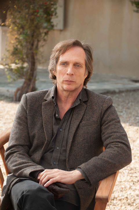 Carl Hickman (William Fichtner) ahnt nicht, dass seine Entdeckungen ein Drama auslösen ... - Bildquelle: Francois Lefebvre 2013 Tandem Productions GmbH, TF1 Production SAS. All rights reserved.