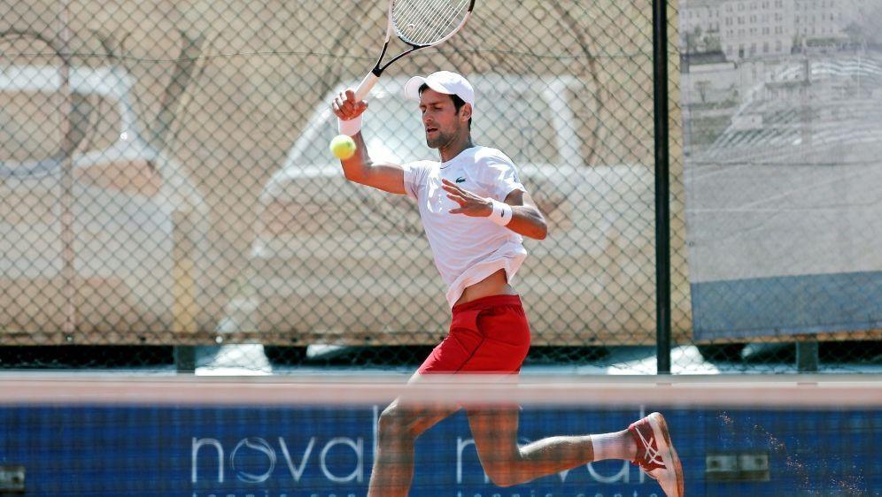 Djokovic erreichte nach langer Durststrecke Runde zwei - Bildquelle: AFPSIDPEDJA MILOSAVLJEVIC