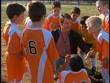 Malcolm mittendrin - Hal (Bryan Cranston, M.) beschließt, Trainer von Deweys...