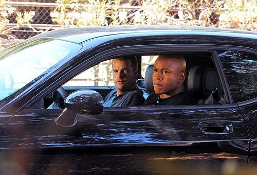 Callen und Sam: Hab ich mit der schon mal nen Unfall geaut? - Bildquelle: CBS Studios Inc