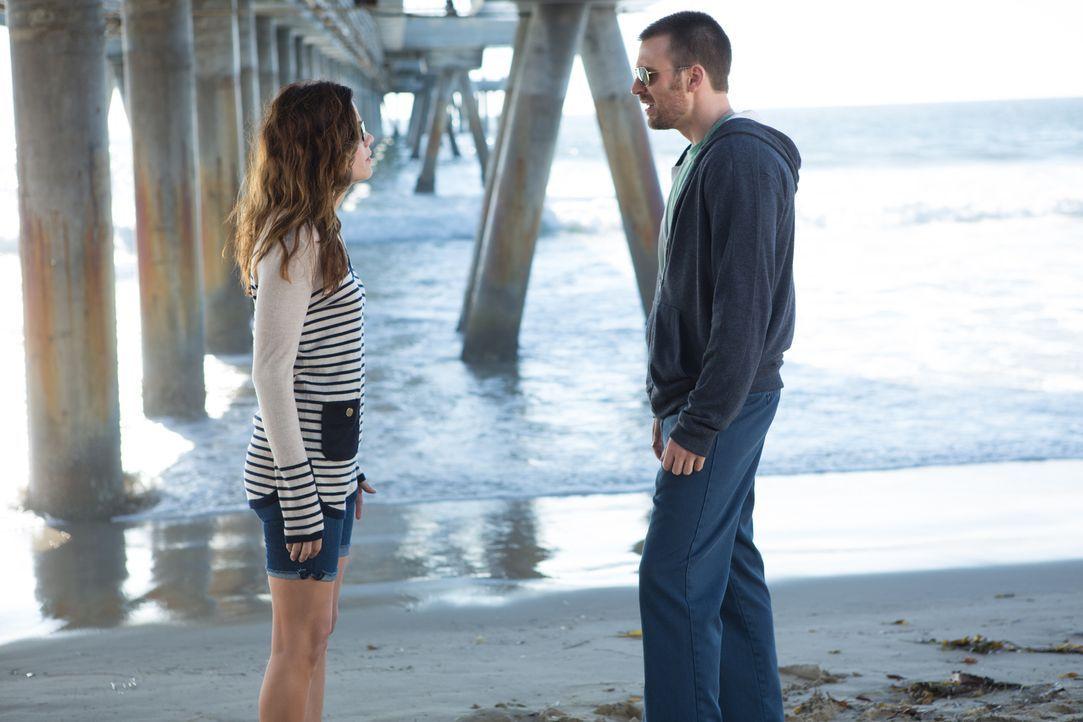Kann ER (Chris Evans, r.) SIE (Michelle Monaghan, l.) und ihr Herz für sich gewinnen? - Bildquelle: Daniel McFadden Wild Bunch