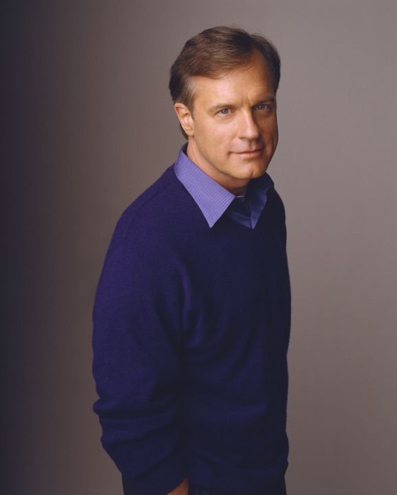(7. Staffel) - Eric Camden (Stephen Collins) fällt nach einer Herzoperation in eine schwere Sinnkrise ... - Bildquelle: The WB Television Network