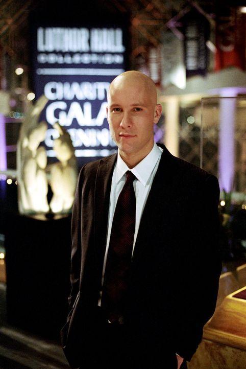 Nachdem er misstrauisch geworden ist, setzt Lex (Michael Rosenbaum) alles daran, hinter Clarks Geheimnis zu kommen ... - Bildquelle: Warner Bros.