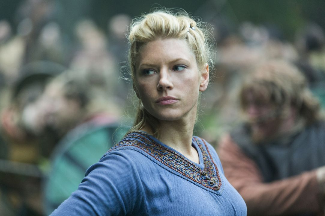 Plant, Kattegat anzugreifen und Aslaug zu stürzen: Lagertha (Katheryn Winnick). Währenddessen erleidet Ragnars Flotte Schiffbruch ... - Bildquelle: 2016 TM PRODUCTIONS LIMITED / T5 VIKINGS III PRODUCTIONS INC. ALL RIGHTS RESERVED.