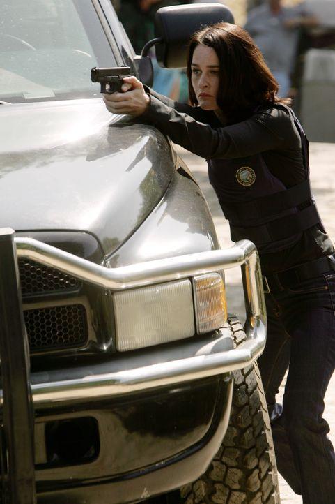 Teresa Lisbon (Robin Tunney) hat den Mörder fest im Visier ... - Bildquelle: Warner Bros. Television
