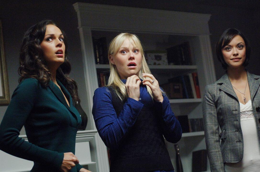 Führen nichts Gutes im Schilde: Liz (Erin Cahill, l.), Renne (Kristin Booth, M.) und Tammi (Marisa Ramirez, r.) - Bildquelle: Warner Bros. Television