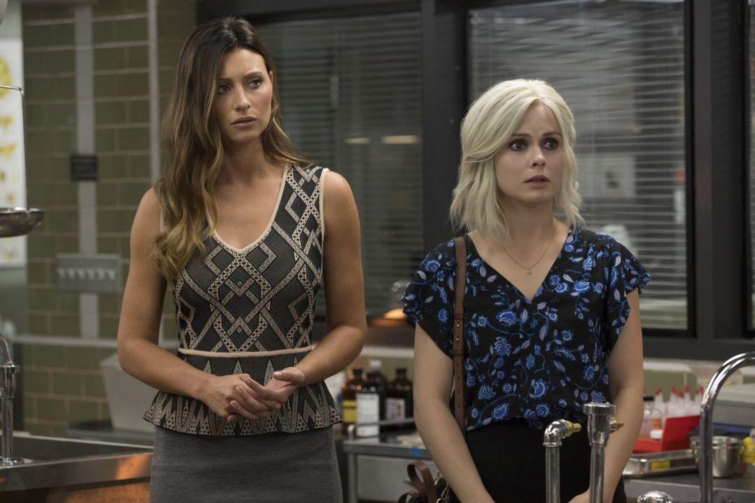 Während Liv (Rose McIver) mit den Auswirkungen des Hirns eines Gurus zu kämpfen hat, steht Peyton (Aly Michalka) scheinbar immer noch zwischen zwei... - Bildquelle: 2017 Warner Brothers