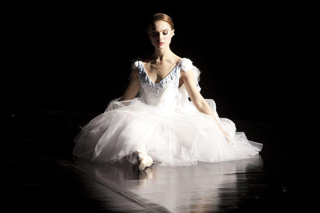 """Die junge Ballerina Nina (Natalie Portman) hat nur einen Traum: Einmal die Hauptrolle in Tschaikowskis """"Schwanensee"""" tanzen zu dürfen. Als die Prim... - Bildquelle: 20th Century Fox"""