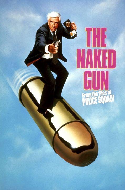 Als ein Polizist bei seinen Ermittlungen fast ums Leben kommt, beginnt Frank Drebin (Leslie Nielsen) zu ermitteln. Eine heiße Spur führt ihn zu dem... - Bildquelle: Paramount Pictures