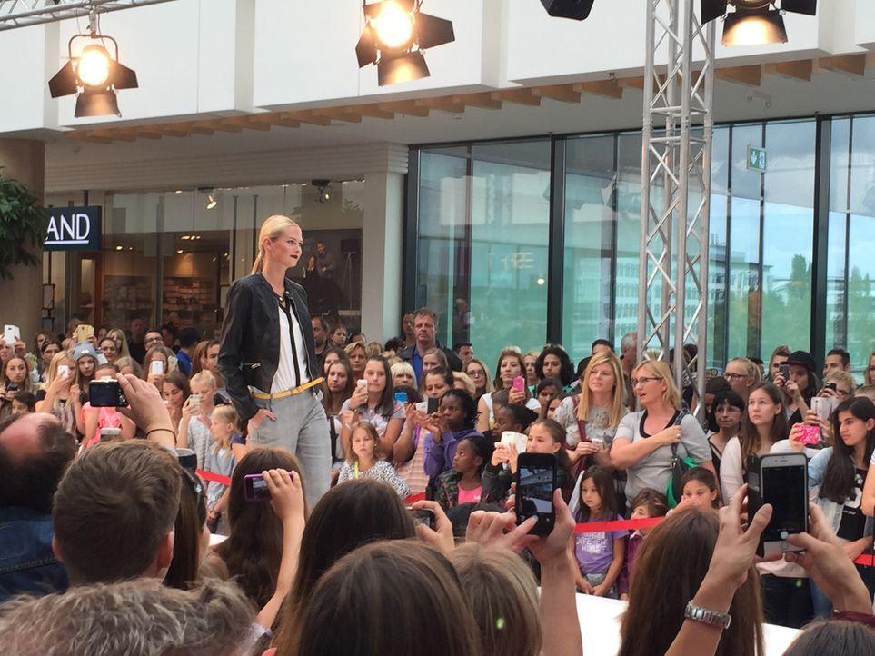 Fashionshow_Darya 1 - Bildquelle: ProSieben