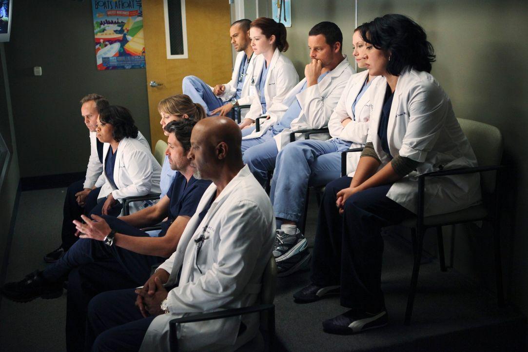Ein Amokläufer hat in einem College das Feuer auf Studenten und Lehrkörper eröffnet. Dutzende Patienten werden im Seattle Grace erwartet. Das reißt... - Bildquelle: ABC Studios