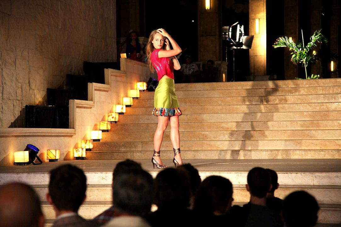 germanys-next-topmodel-stf07-epi09-fashionshow-034-prosiebenjpg 2000 x 1333 - Bildquelle: ProSieben