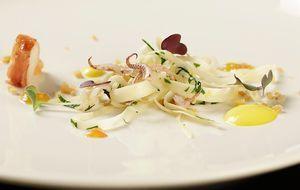 The-Taste-Stf01-Epi03-2-Calamaretti-Felix-Rommel-01-SAT1