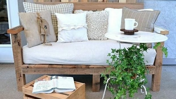 balkonm bel selber bauen ideen und tipps sat 1 ratgeber. Black Bedroom Furniture Sets. Home Design Ideas