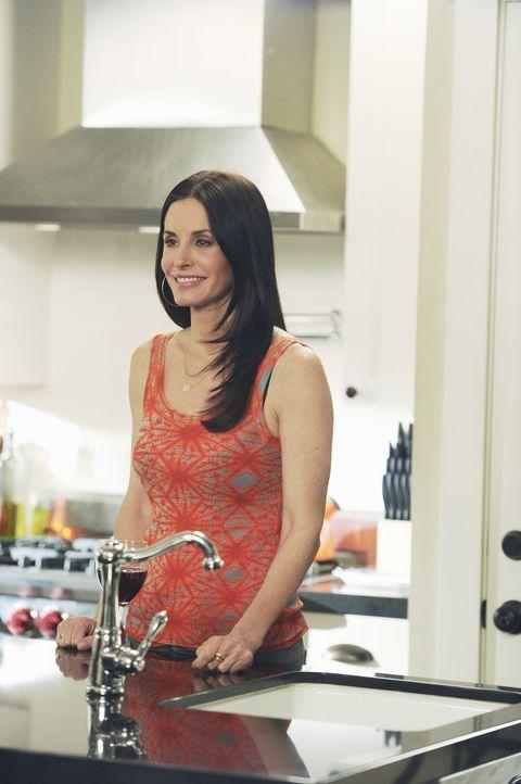 Wieder einmal geht Jules (Courteney Cox) einen Schritt zu weit und mischt sich zu aktiv in Travis' Leben ein ... - Bildquelle: 2010 ABC INC.