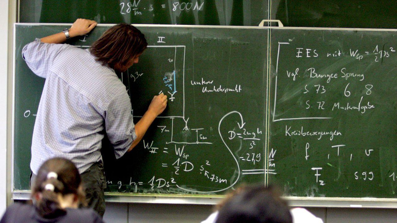 Physik - Bildquelle: dpa