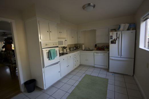 Josh Temple und sein Team möchten aus dieser alten Küche eine Wahnsinns-Küche...