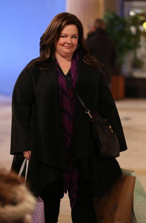 Nach einem Streit mit Mike geht Molly (Melissa McCarthy) auf eine ausgedehnte Shoppingtour ... - Bildquelle: Warner Brothers